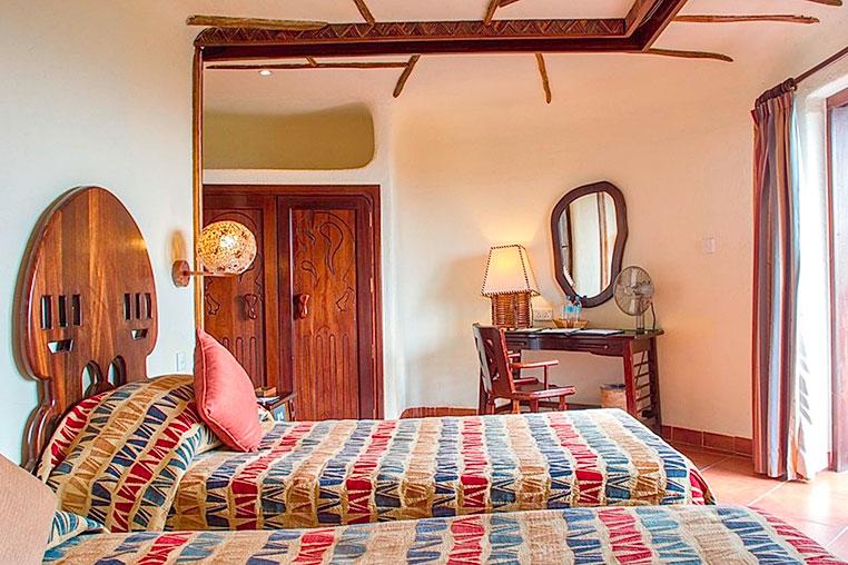Serengeti-Serena-Lodge-Fotosafari-Fotoreise-Tansania-13