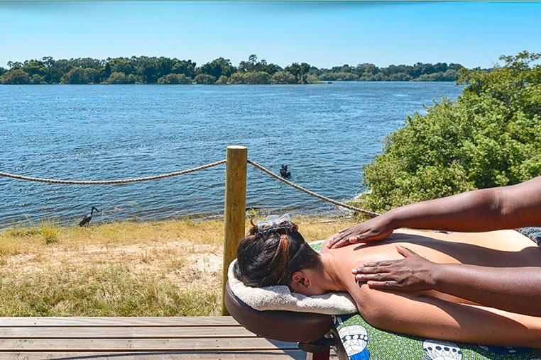 Fotosafari_Simbabwe_Fotoreise_Vic-Falls_River_Lodge_05