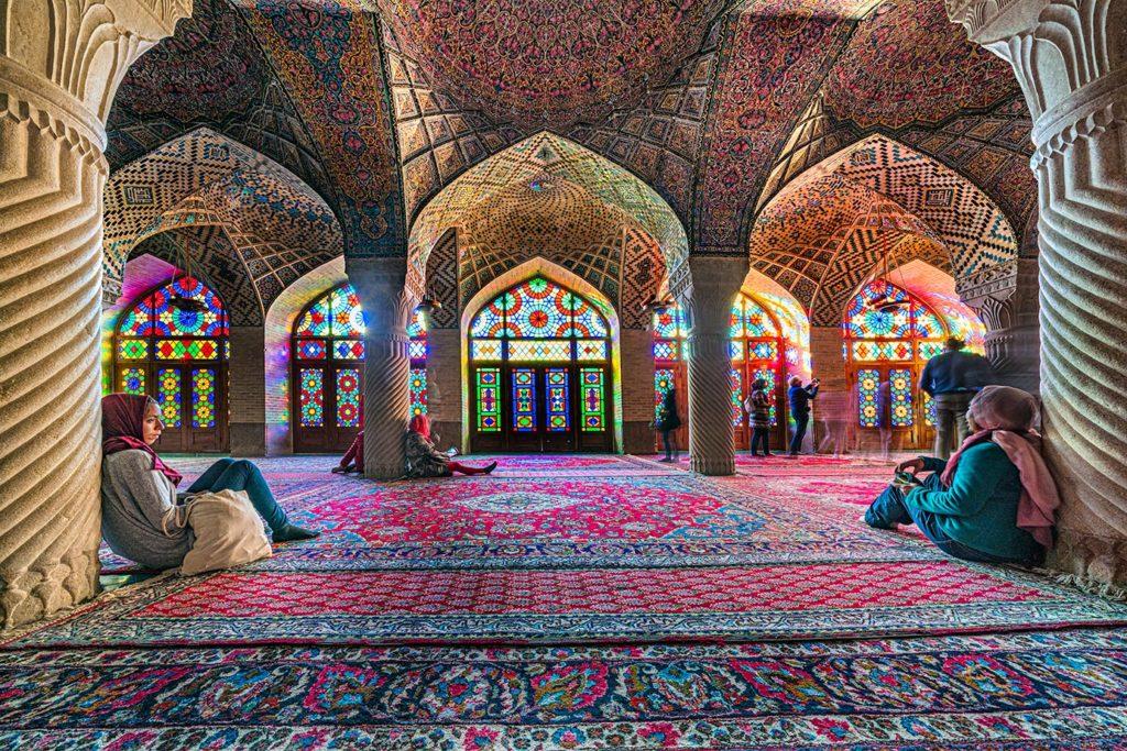 Nasir Ol Molk Moschee in Shiraz fotografiert von Benny Rebel auf einer Fotoreise durch den Iran