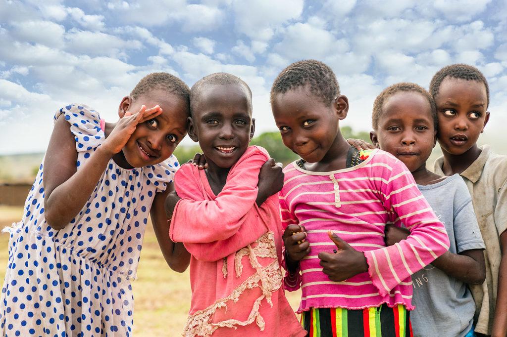 Massai Kinder fotografiert auf einer Fotoreise in Kenia von Benny Rebel